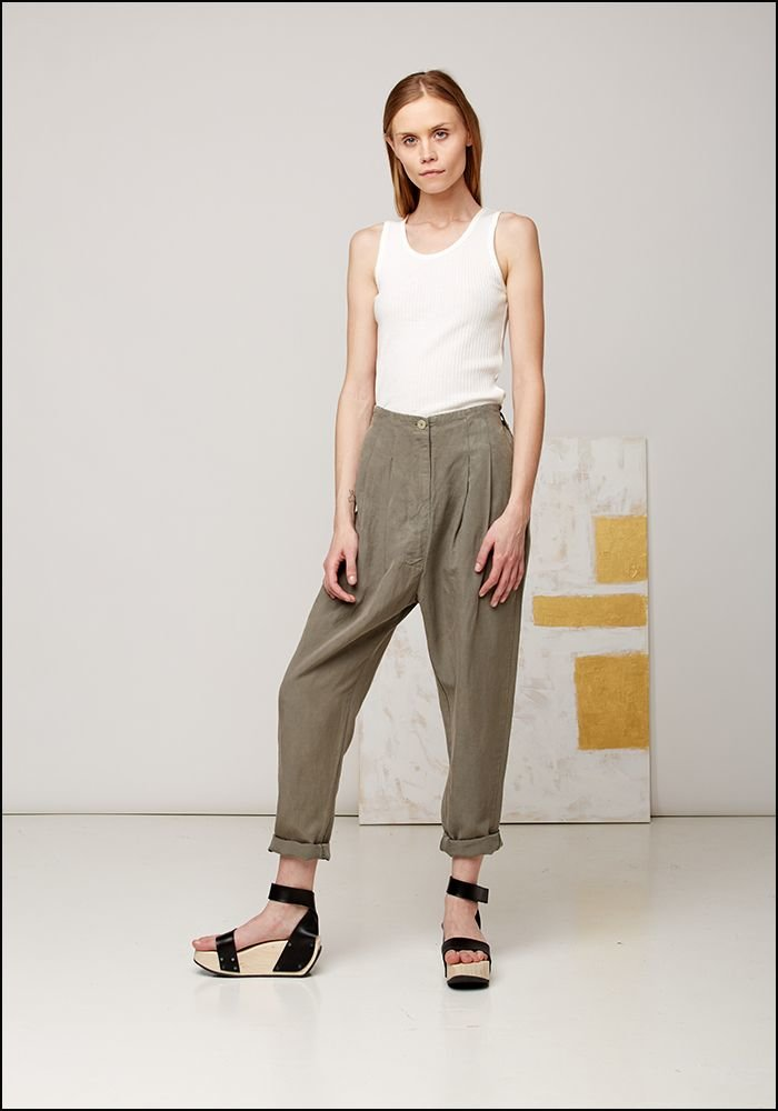 Tapered High Waisted Trousers 115
