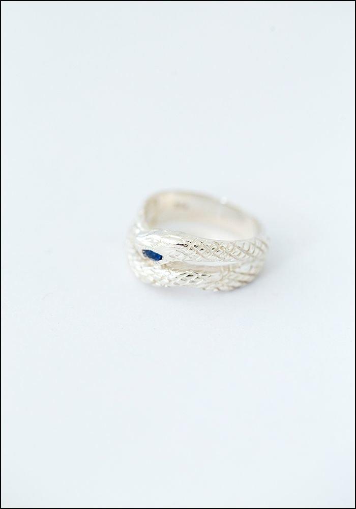 Avocet Sapphire Eye Snake Ring
