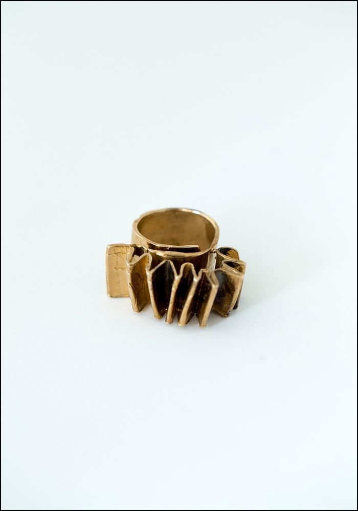 Accordion Ring GRA001
