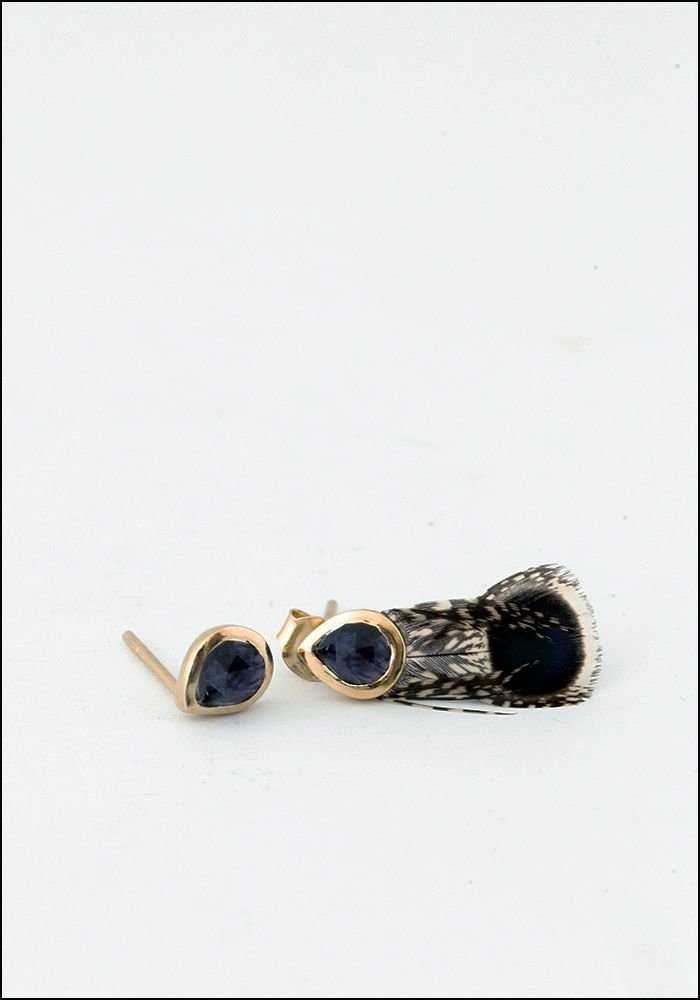 Grey Peacock Feather Earring With Stone Stud