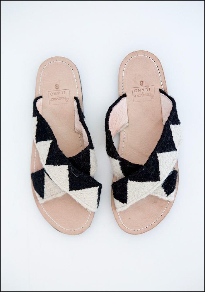 ilano Ilano Woven Slide Sandal