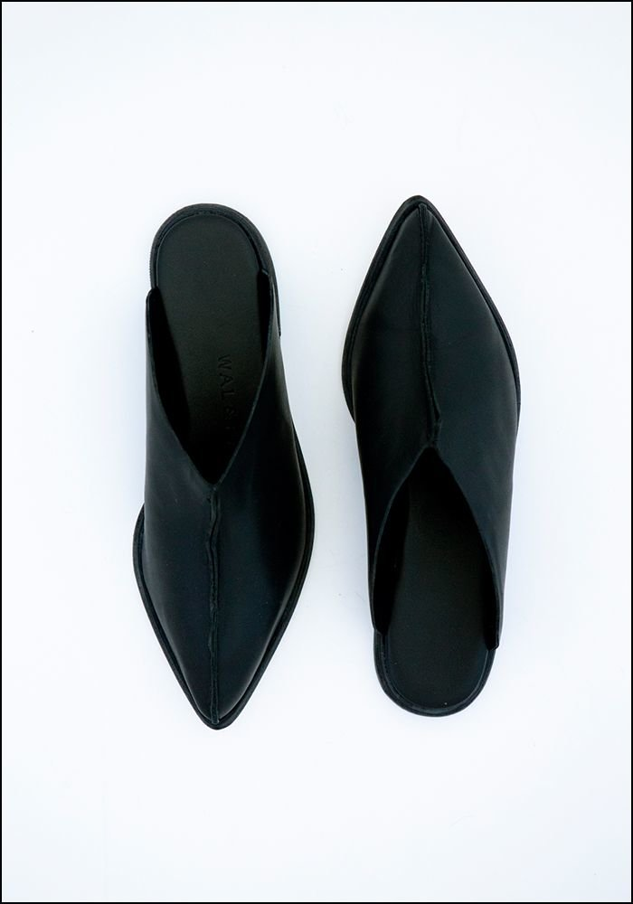 Wal and Pai Wal and Pai Black Leather Babouche Slide