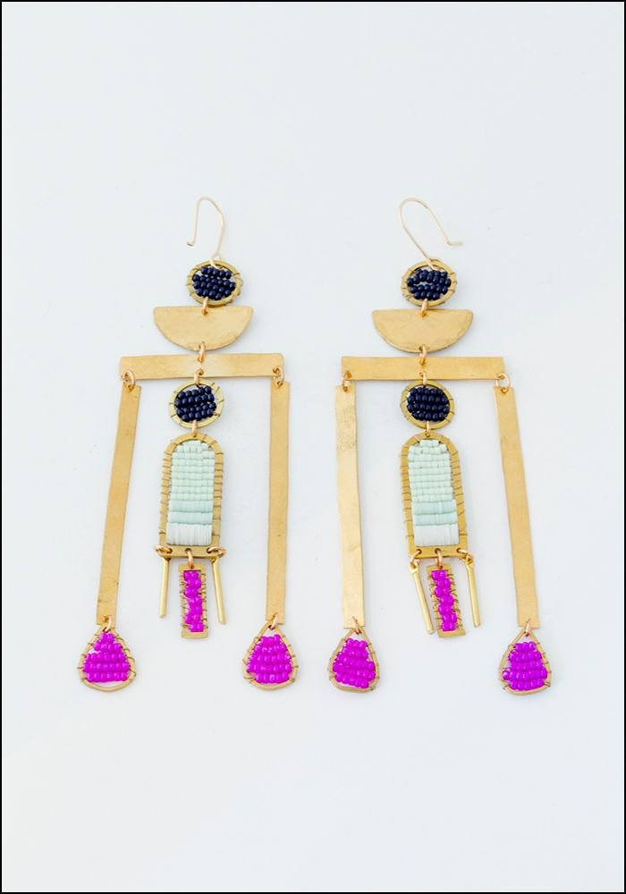 Alchemilla Tower Earrings Fucsia