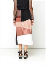 Nude Color Blocked Pleat Skirt