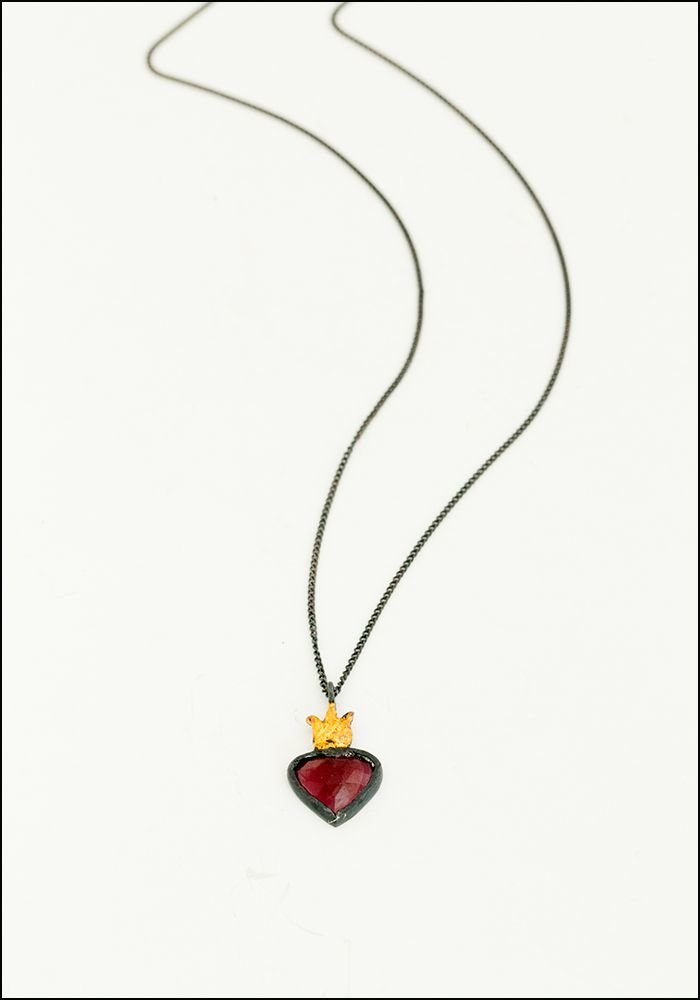 Acanthus Sacred Heart Necklace
