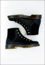 An Hour and a Shower Stitch Rubber Sole Boot