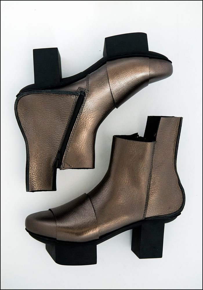 Trippen Wide Strap Boot