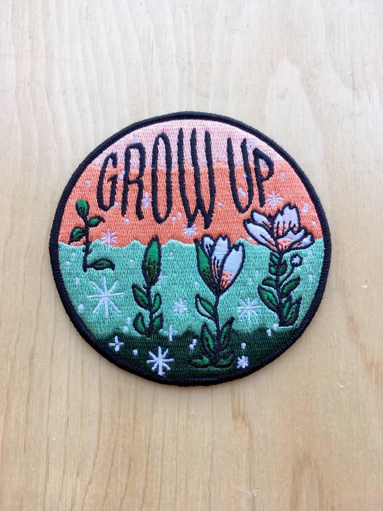 "Stay Home Club Appliqué  ""Grow Up"""