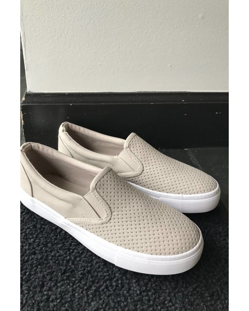 Chandler Slip-On Sneaker