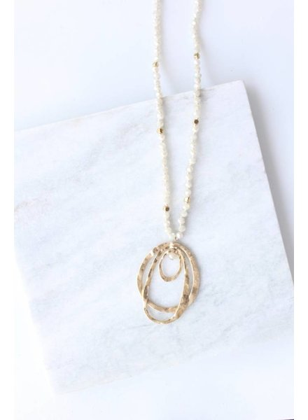 3 Oval Pendant Necklace Natural