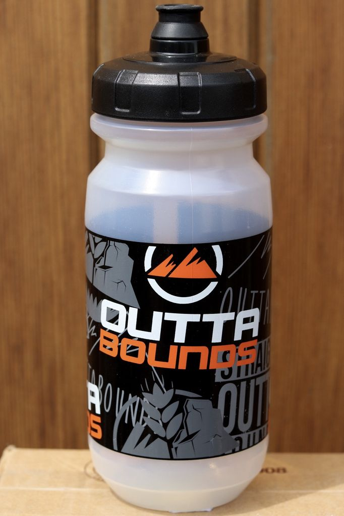 GIANT OUTTABOUNDS DOUBLESPRING BOTTLE