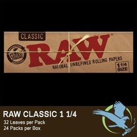 Raw RAW Rolling Papers - 1 1/4 Size - Organic Hemp