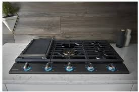 """Samsung Samsung 36"""" Gas Cooktop Black Stainless"""
