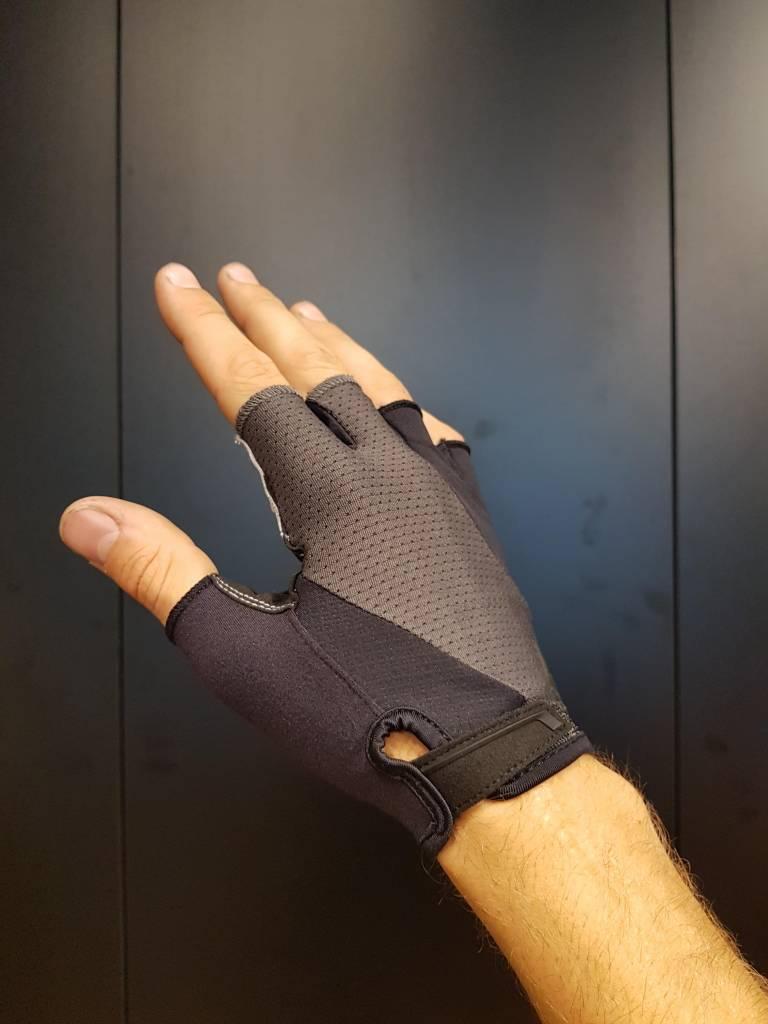 Body Geometry Gel Short Finger (Black/Carbon Grey)