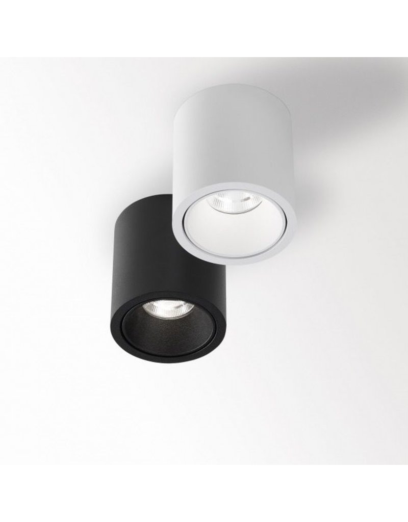 Delta Light Round Ceiling mounted light