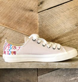Agate Low Top