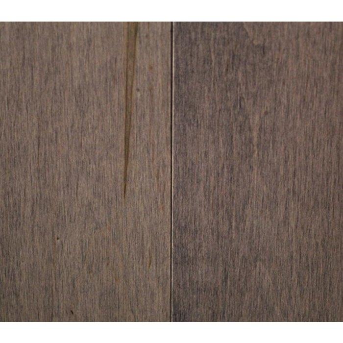 Liquidation de Plancher de Bois Franc Canadien Érable Sélect  semi-gloss 4-1/4 couler Charcoal Lot de  240 Pi2