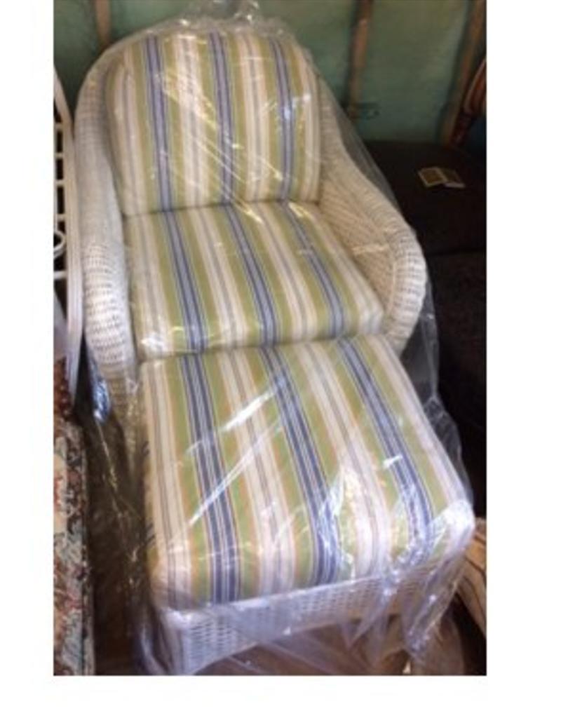 White Wicker Chair & Ottoman