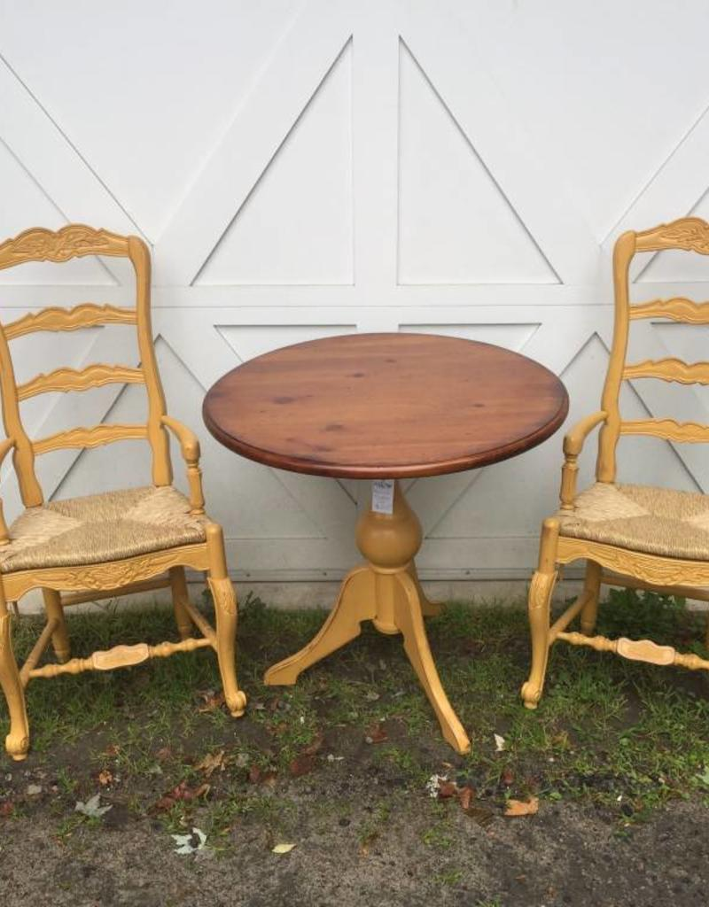 Eddy West Round Dining Table With 2 Chairs
