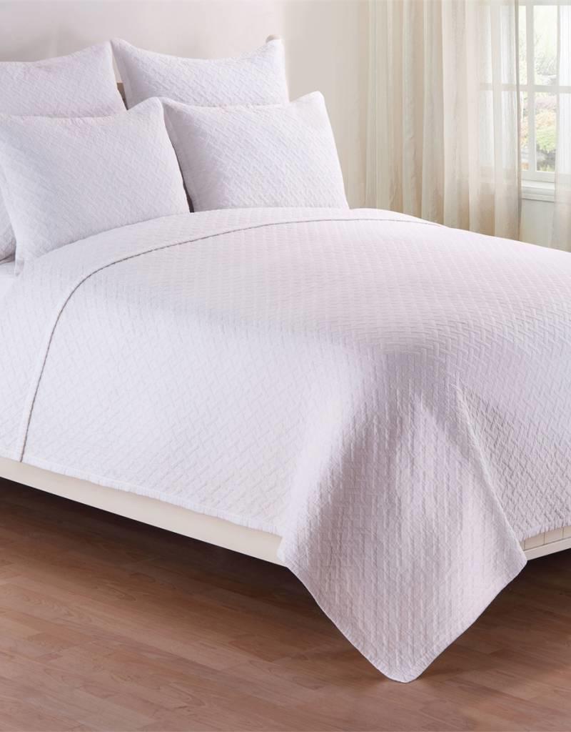 C&F Enterprises Basketweave White Full / Queen Quilt Set