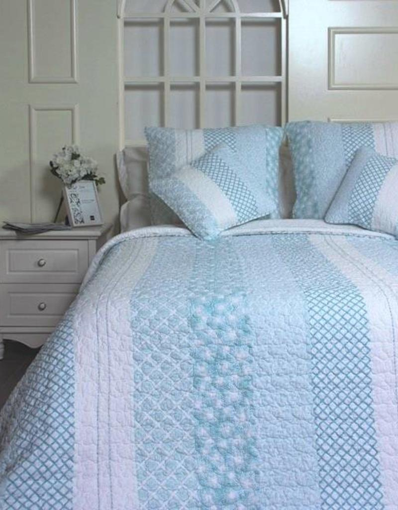New New Horizons Cara Queen Quilt and Shams