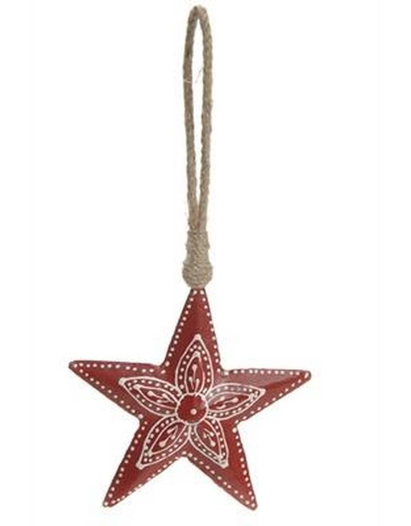 The Pine Centre Red Metal Star Ornament