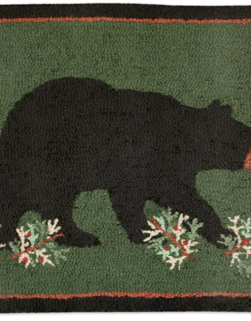 Chandler Four Corners Prowling Bear 2x3' Hooked Rug