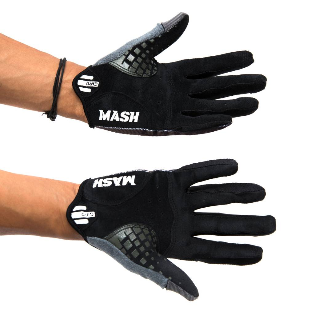 MASH DND GLOVES BLACK BOX