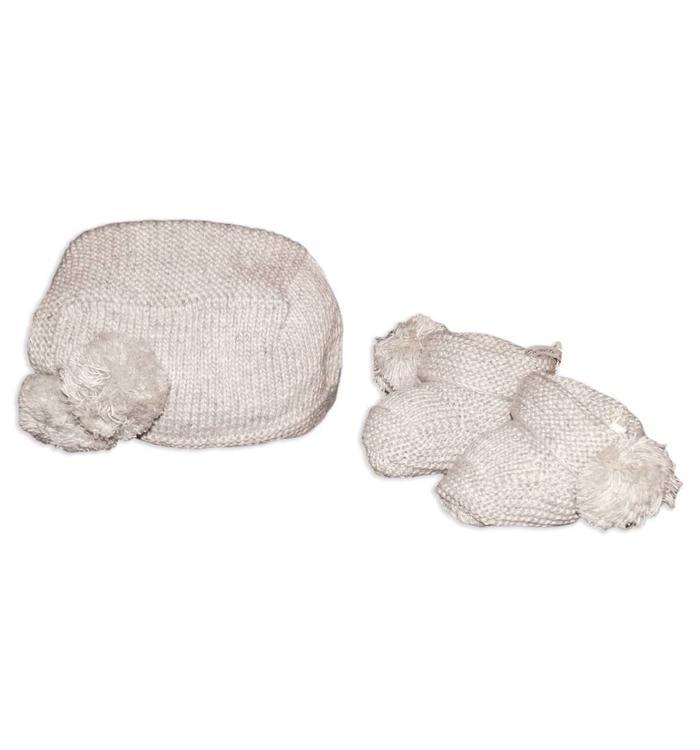 Pureté de Bébé Pureté de Bébé Girl's Hat & Booties, AH
