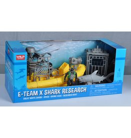 Toys & Plush X Shark & Boat Playset
