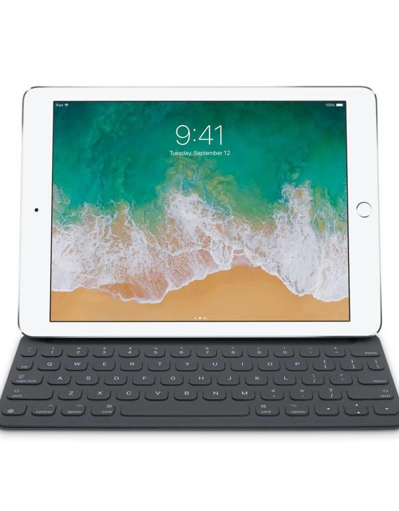Apple Inc. Smart Keyboard