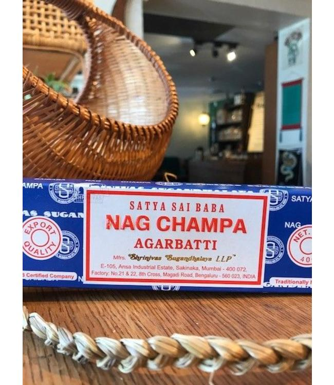 Nag Champa, Lg