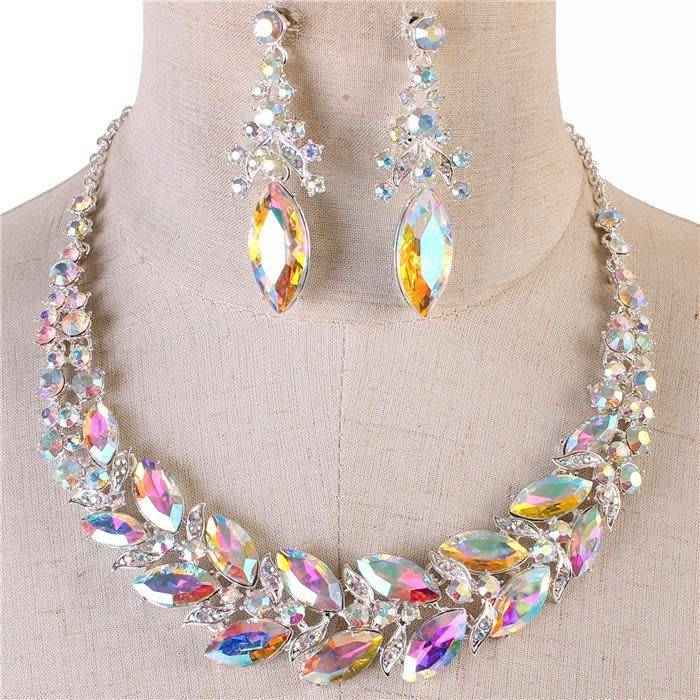 leading in jewels necklace set silver iridescent jadazzles