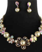 Blooming Pearl Necklace Set