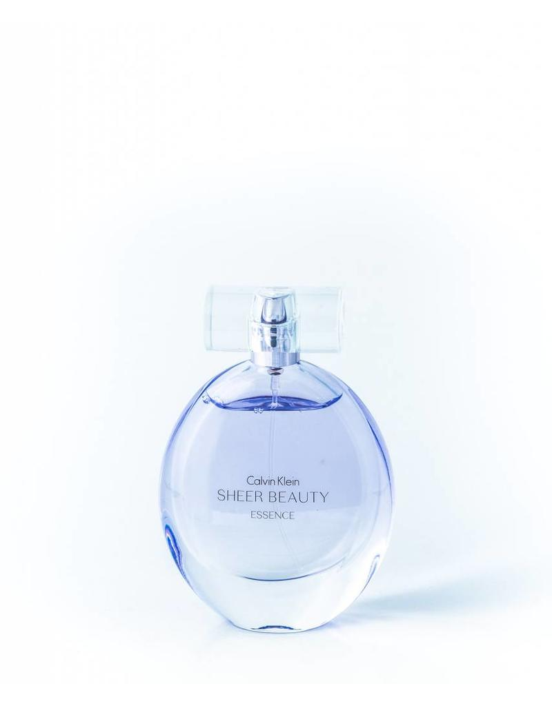CALVIN KLEIN CALVIN KLEIN SHEER BEAUTY ESSENCE