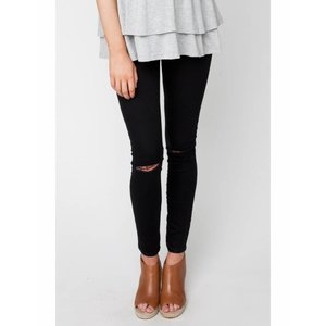 Ripe Maternity Isla Distressed Jegging