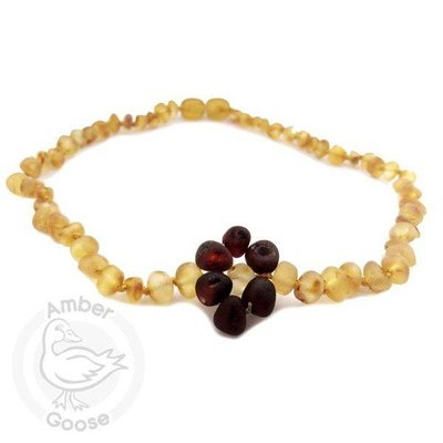 Momma Goose Flower Amber Necklace