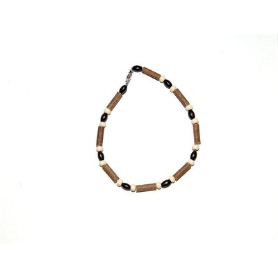 Momma Goose Hazelwood Necklace