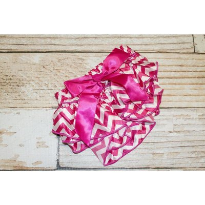 Lincoln&Lexi Chevron Satin Ruffle Diaper Covers