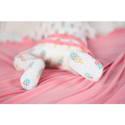 Kickee Pants Print Muffin Ruffle Footie with Zipper (Natural Ice Cream)