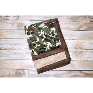 "Lincoln&Lexi The Camo with Sand Lattice 30""x36"""