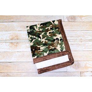 "Lincoln&Lexi The Camo with Ivory Minky Dot 30""x36"""