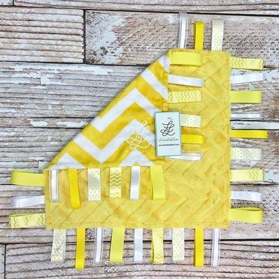 "Lincoln&Lexi Embossed Chevron Fun-Yellow 16""x16"" Ribbon"