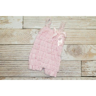 Lincoln&Lexi Solid Lace Romper (Baby Pink)