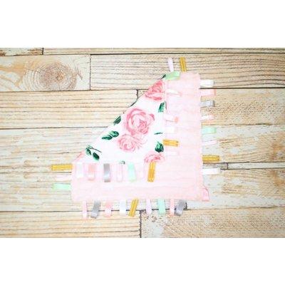 """Lincoln&Lexi The Romantic Rose 16""""x16"""" Ribbon"""