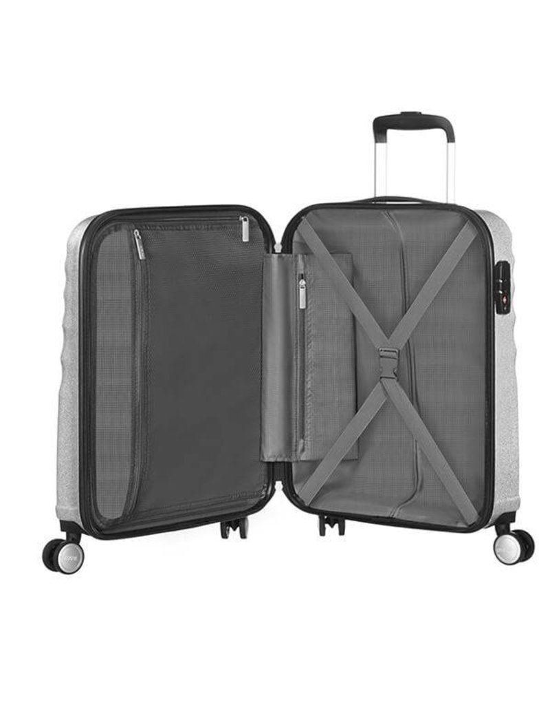 AMERICAN TOURISTER 741336714 SILVER CARRYON SPINNER WAVEBREAKER