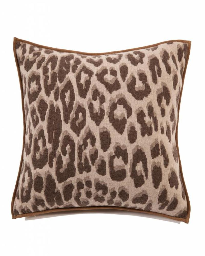 "KNITTED LEOPARD PILLOW: 21"" X 21"": SAND"