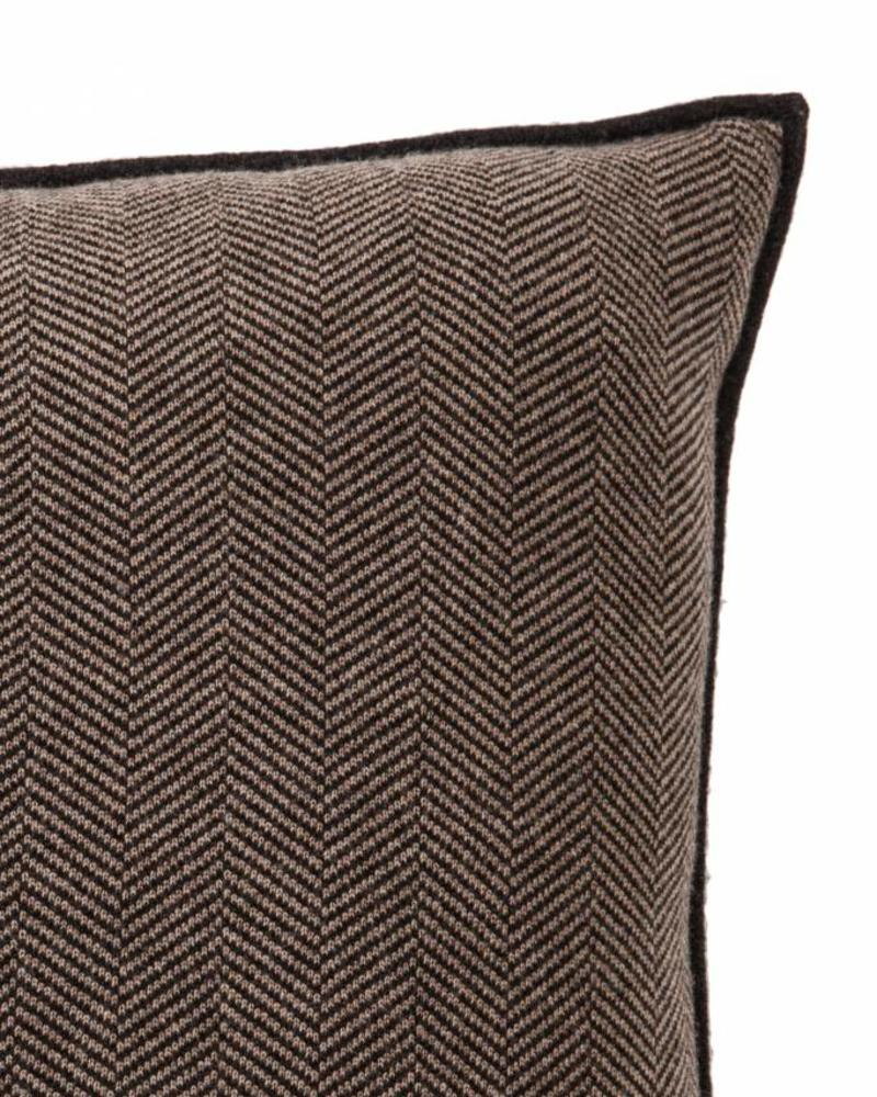 "HENRY CASHMERE BLEND HERRINGBONE PILLOW: 21"" X 21'': DARK GRAY-SAND"