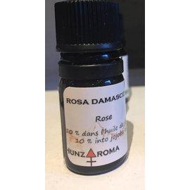Hunzaroma Rose (10% in jojoba oil) 5ml