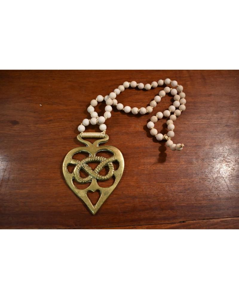 HB 1082 Necklace